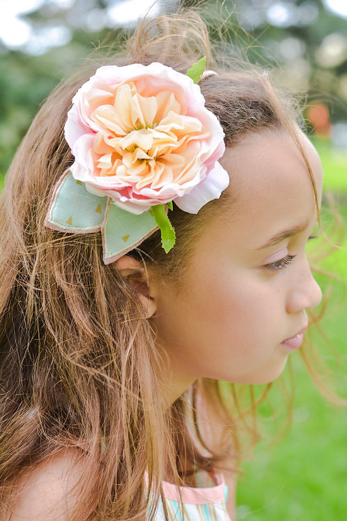 Dreamy Flower Headband
