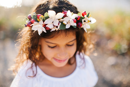 The HOLIDAY Floral Berry Crown