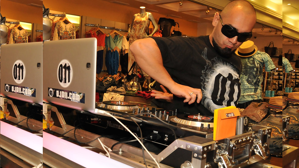 Mixshow dj/ Turntableist