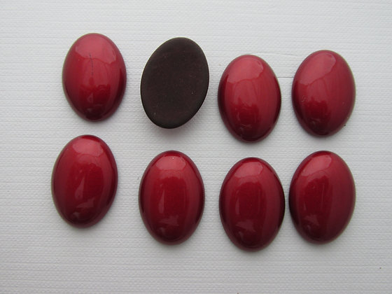 25x18mm Resin Shiny Red
