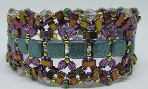 Pattern-Stained Glass Bracelet