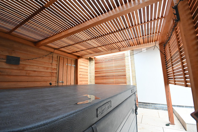 Slatted Hot Tub Enclosure