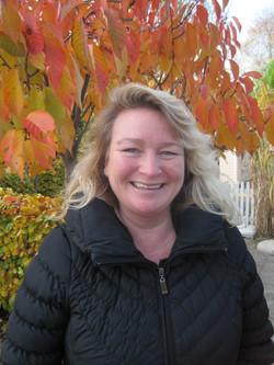 Annette Kolstrup-Timm, Medhjælper
