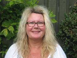 Vibeke Sørensen, Medhjælper