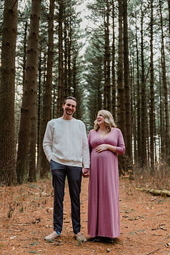 maternity photographer toledo ohio