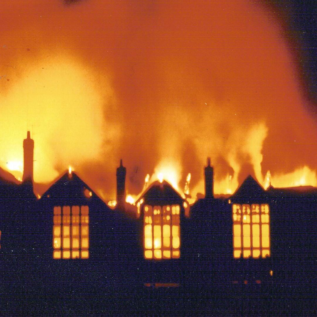 Shirley Oaks Primary School Fire  (Post 1965)