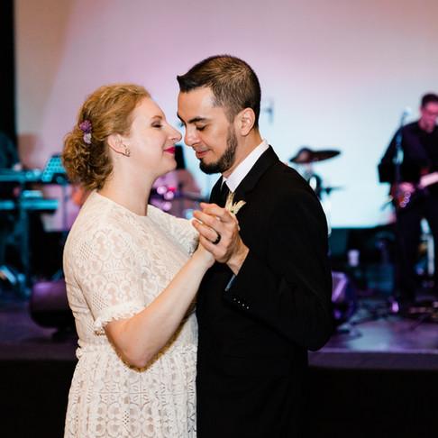 Erin & Gerardo || Bowling Green Ohio Wedding Photographer