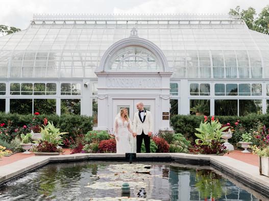Chelsea & John || Toledo Zoo Wedding || Ohio Wedding Photographer & Videographer