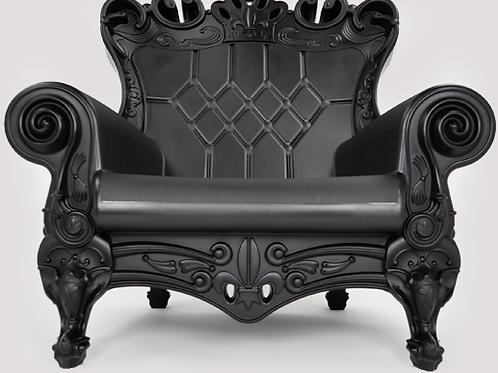 Queen of Love Armchair - Chic Black