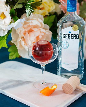 French Kiss (Ice ball Cocktail)