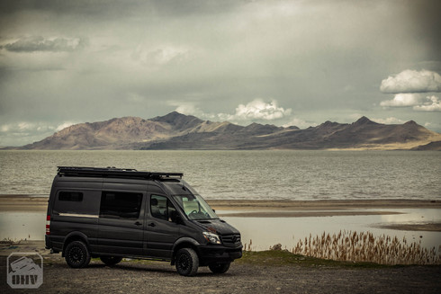 Sprinter Van Camper Exteior