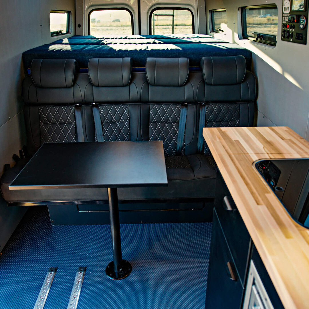 OHV 4-seat Sleeper Bed