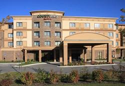 Courtyard Inn & Suites
