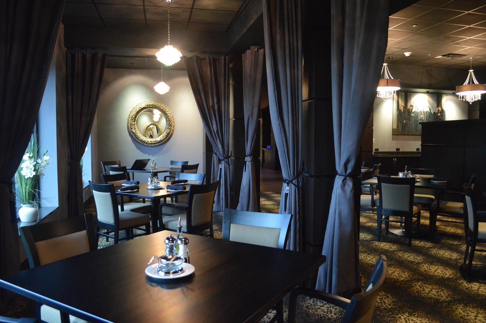 Johnnys Restaurant Seating