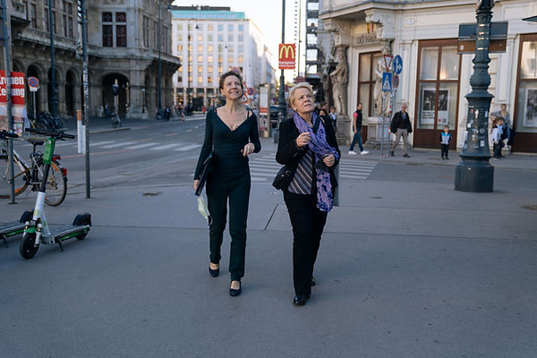 ALF and MA - walk Vienna AMR01840.jpg