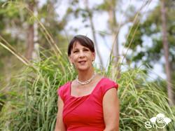 lauretta in garden 3