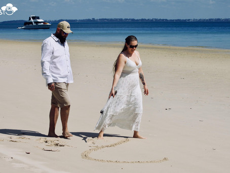 Where & when can you can get married in Australia? any where! any time! is the answer.