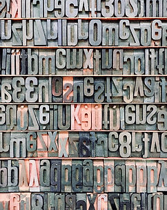Roncq, Daphné Marlière, écrivain public, correctrice, Comines, Wervicq, Bondues, Linselles, Marcq-en-Baroeul, Marquette, Wambrechies, Bousbecque, Halluin, faire écrire, biographie familiale, histoire de sa famille, la plume qui virevolte, abécédaire, vie, histoire, famille, raconter, écrire, 59, Lille, Nord, écrivain biographe pour particulier autour de Lille et environ Métropole Lilloise, Nord-Pas-de-Calais, hauts de france, biographie Lille, corrections de manuscrits
