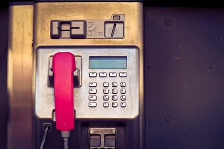 Les p'tites anecdotes de La plume :  les cabines téléphoniques