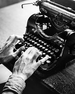 Ecrivain public, Nord, Daphné Marlière, Armentières, Roncq, Quesnoy sur Deûle, Comines, Wervicq, Bondues, Linselles, Marcq-en-Baroeul, Marquette, Wambrechies, Bousbecque, Halluin, faire écrire, biographie familiale, histoire de sa famille, Nord, 59, abécédaire, vie, histoire, famille, abecedaire, la plume qui virevolte, écrivain biographe, Lille autour de Lille, près de Lille, dans les Hauts-de-France Nord Pas-de-Calais, Belgique, Hainaut, hauts de france, biographie Lille