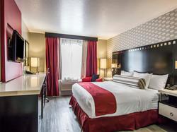 family-friendly-hotel-hollywood-ca.jpg