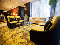 beautiful-lobby-seating.jpg