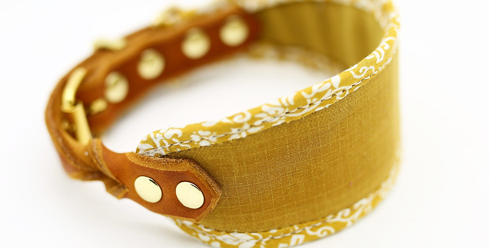 Wholesale MUSTARD - Dry Oilskin Collar