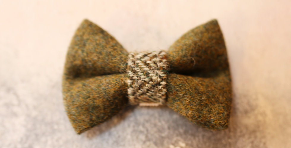 SMALL BOW TIE