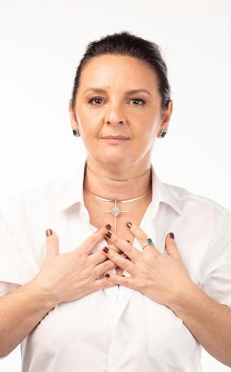 Claudia Kechichian perfil.jpg