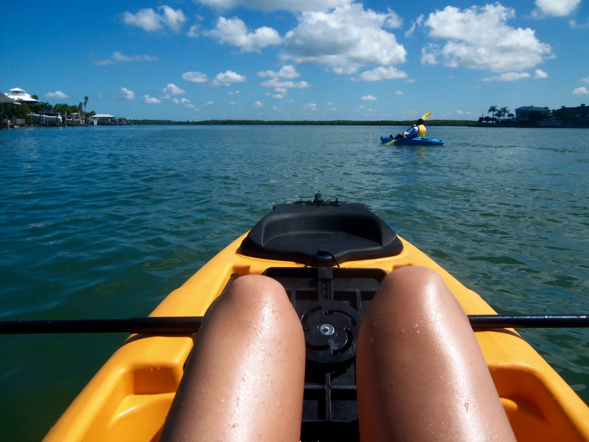 kayaking-around-the-island