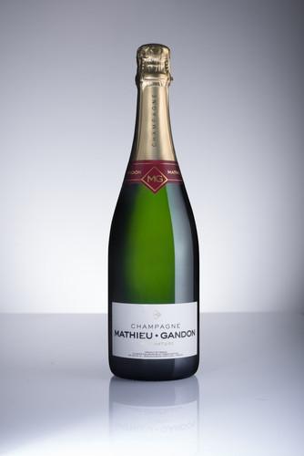 Packshot Champagne brut Mathieu-Gandon