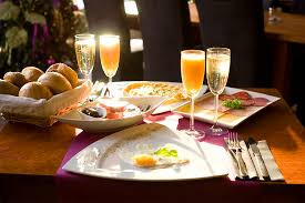 champagne ontbijt.jpg