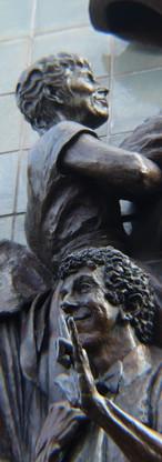 Statue_King.jpg