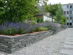 Trockenmauer Maggia-Gneis