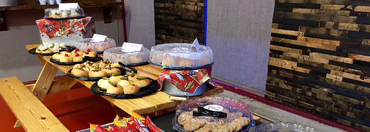 Our Catering Can Handle Your Meeting of 5 or 500!