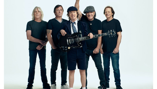 LOUDER REVIEWS:'POWER UP'- AC/DC