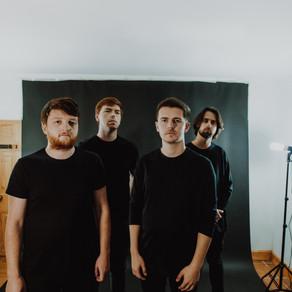 LOUDER NEWS: Weatherstate release new single 'Hangar'
