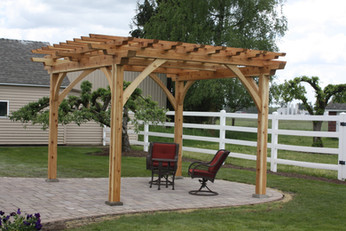Backyard pergola, St. Paul, OR