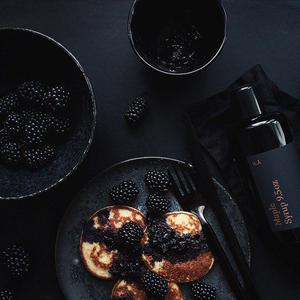 sundaysuppers - blackberrires on pancakes