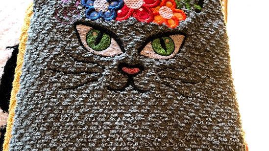 TT Cat Flowers