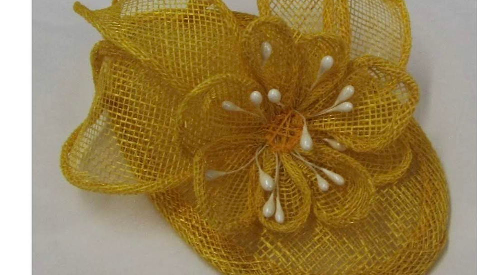 CW Fascinator Item No 11