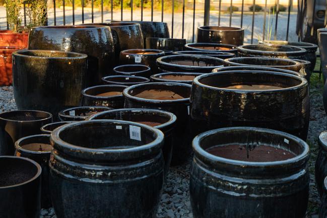 Pottery Black Pots Various Sizes_2.jpg
