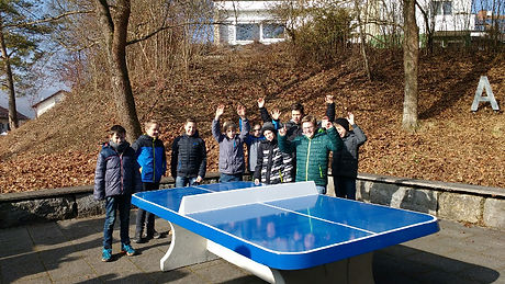 Tischtennisplatte2.jpg