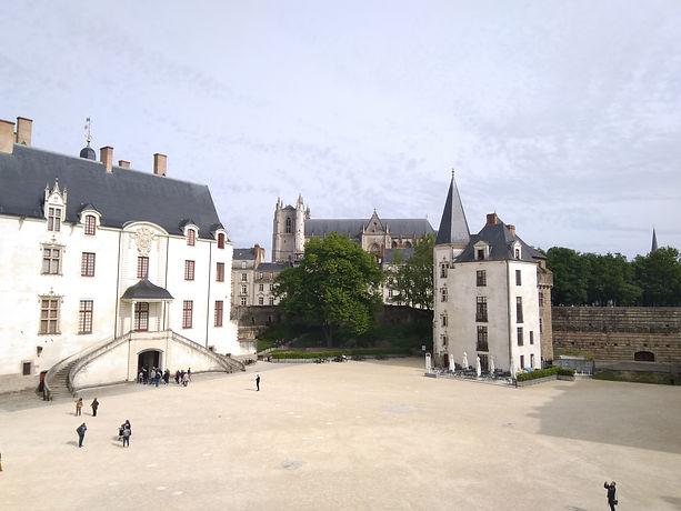 Schloss Nantes.jpg