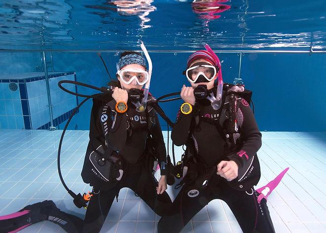 Ocean Girls -9