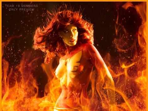 Dark Phoenix Bodypaint Cosplay