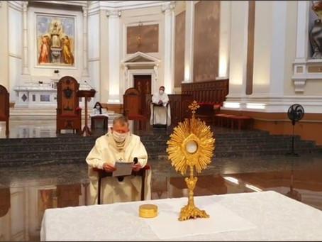 Dom Jaime preside a celebração de Corpus Christi na matriz