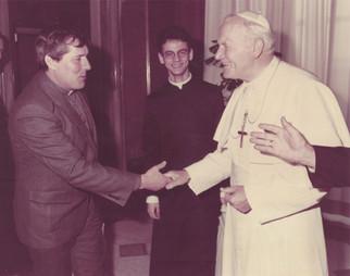 Em visita ao Papa João Paulo II