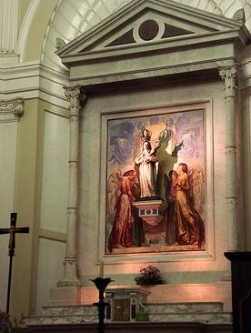 Altar dedicado à Mãe de Deus