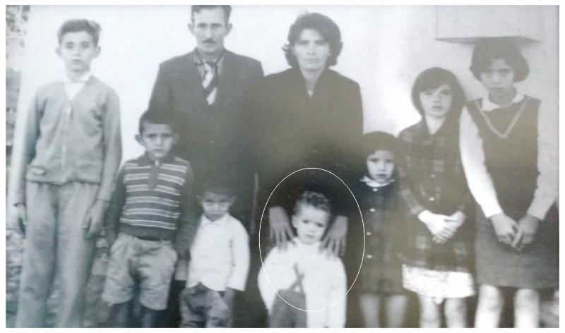 Família do pe. Silvio, com o pequeno no destaque.